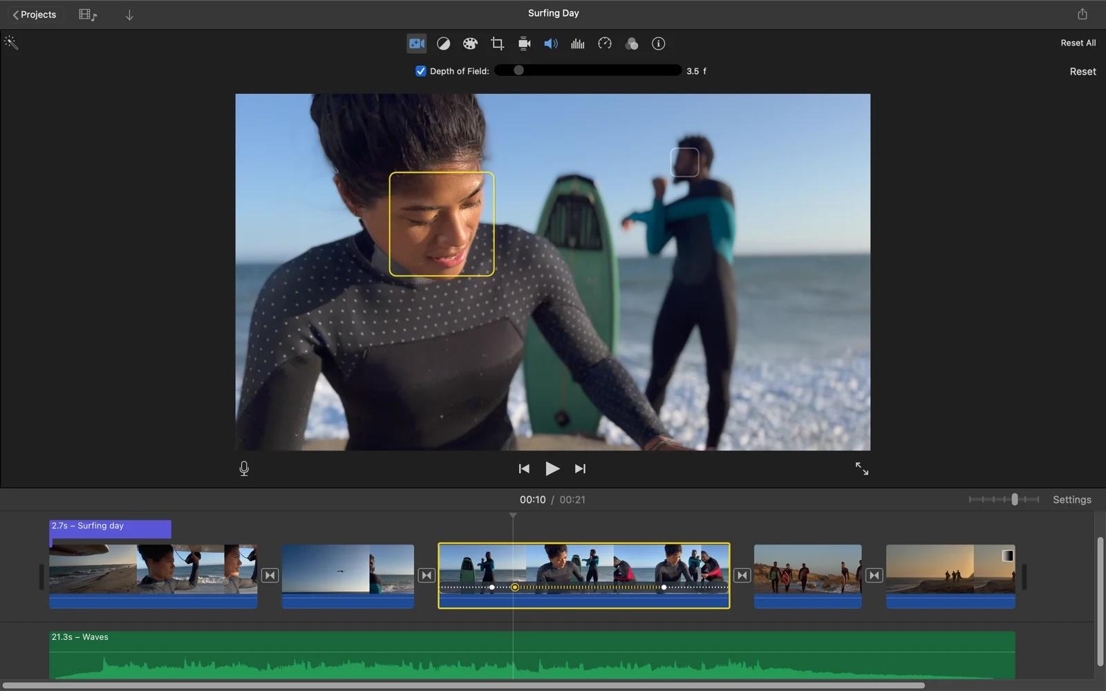 Приложение iMovie для Mac теперь позволяет редактировать видеоролики с киноэффектом, снятые на iPhone 13